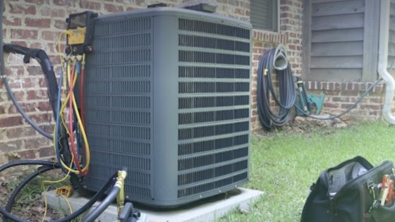Repairing vs Replacing Your AC